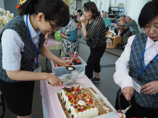 20ani (cake2).jpg