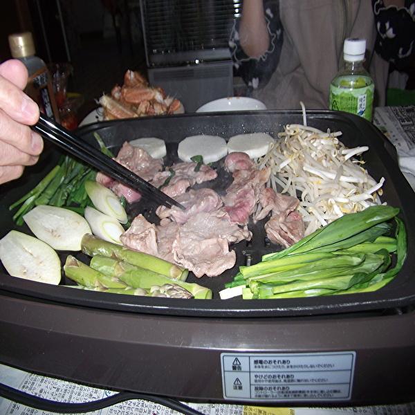 aaa肉と手.jpg